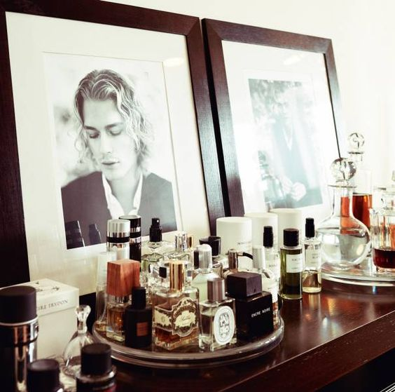 LOVE This Handsome Looking Men's Dressing Table Set Up:D I