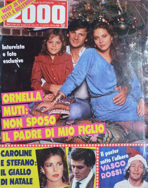 Novella 2000 - Орнелла Мути с мужем и детьми
