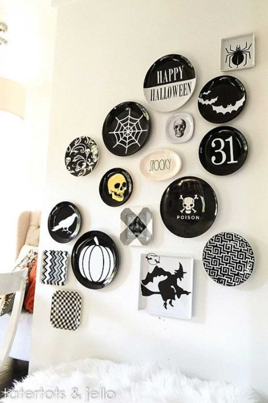 25 Brilliant Diy Halloween Decorating Ideas You Ll Love Of Life And Lisa In 2020 Halloween Wall Decor Halloween Plates Easy Halloween Decorations
