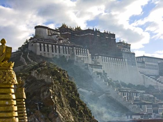 Potala Palace was once the permanent residence of the Dalai Lama, up until 1959 when the then Dalai Lama travelled to India further to a potentially devstating uprising.