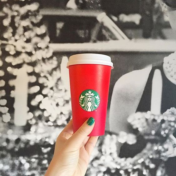 Holiday Starbucks Cups & Christmas Manicures