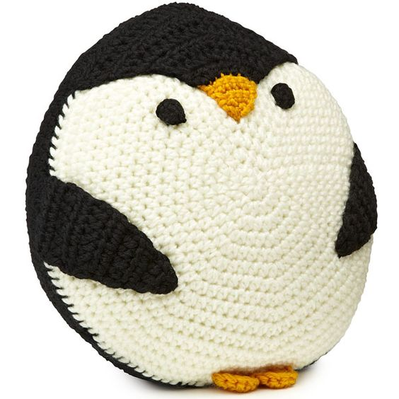 GAH.  These arcylic Penguin Pillows made in China are 45-USD?  Need to find a pattern for them.