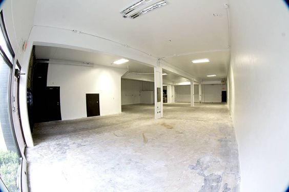 New, spacious, and centrally located film, video & photography studio 4 blocks above Olympic Village in the heart of the growing technology neighbourhood just west of Main Street. Also very close