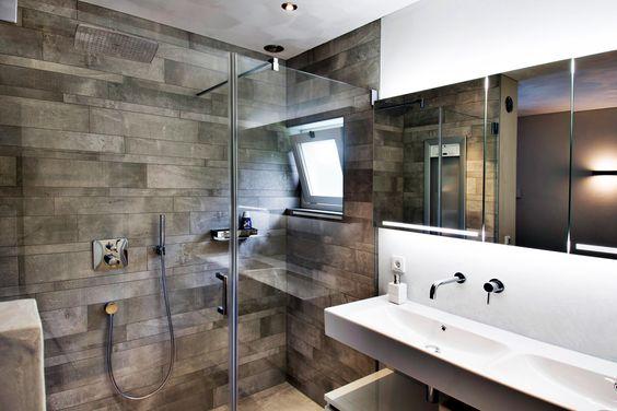 Italiaans en industrieel de jong sanitair badkamer pinterest search met and design - Italiaans badkamer model ...