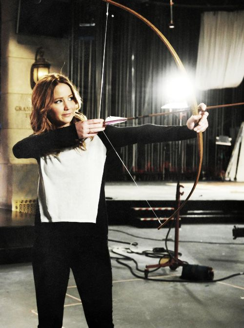 Jennifer Lawrence SNL Promo. Don't forget to watch tonight 1/19/2013! #hungergames #SNL #jennifer