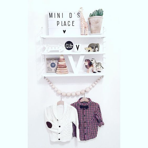 """""""Vinnies christmas outfit and more...www.modette.se/idamarie  @lindexofficial @ecolivia @cirkusfabriken #woodenstory #stinghylla #lightbox…"""""""