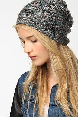 I like this style but ill find a different color UO Slouchy Beanie