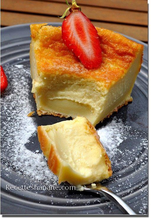 Gâteau magique à la vanille réalisé avec une gousse de vanille de Madagascar infusé dans le lait entier.