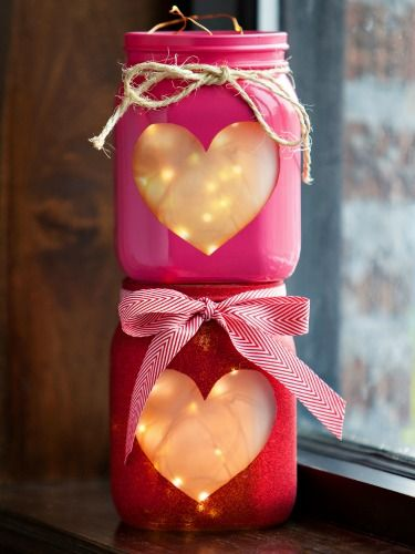 13 Heart-Melting Valentine's Day Crafts - too sweet and I adore mason jars!: