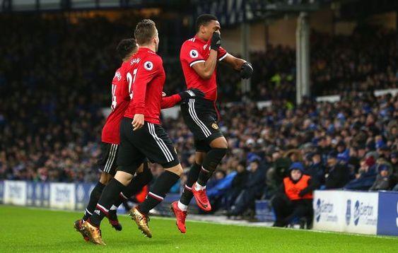 Prediksi Agen Maxbet Manchester United Vs Stoke City Tim Asuhan Jose Mourinho Akhirnya Berhasil Menahan Kemerosot Manchester United Manchester Anthony Martial
