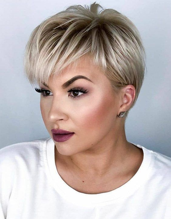 Here We Discover The Most Edgy Perfect Ideas Of Pixie Haircuts For Short Hair If You Pixie Haircut Thin Hair Hair Inspiration Short Pixie Haircut Fine Hair