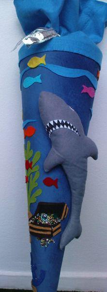 """Schultüte """"Hai mit Schatztruhe"""" von JOYARTS auf DaWanda.com"""