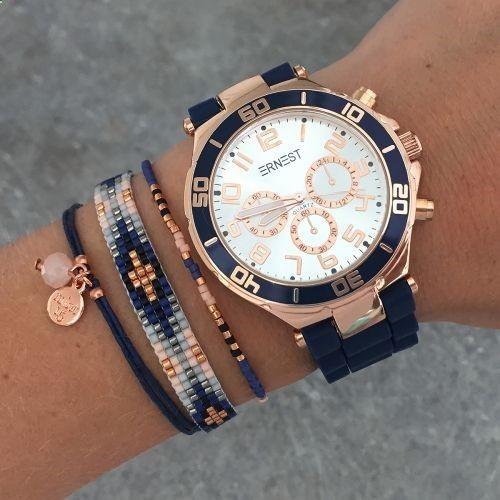 Stoer en toch vrouwelijk kan je dit horloge met deze armbanden stylen