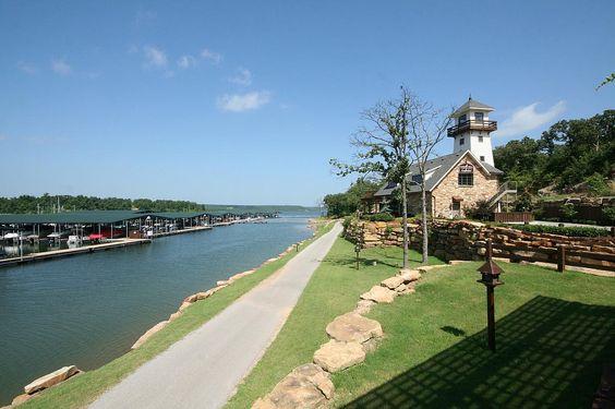 Tulsa Marina, Lake Skiatook, Cabin & Boat Rental ...