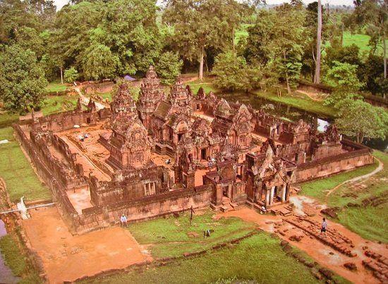 Đền Banteay Srei - ngôi đèn của những nữ chiến binh ở Campuchia