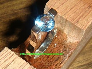 Anel de Prata 950 Solitário pedra natural topázio azul céu round cut gemstone.