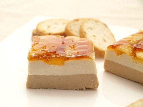 Mousse on pinterest for Canape de pate con cebolla caramelizada