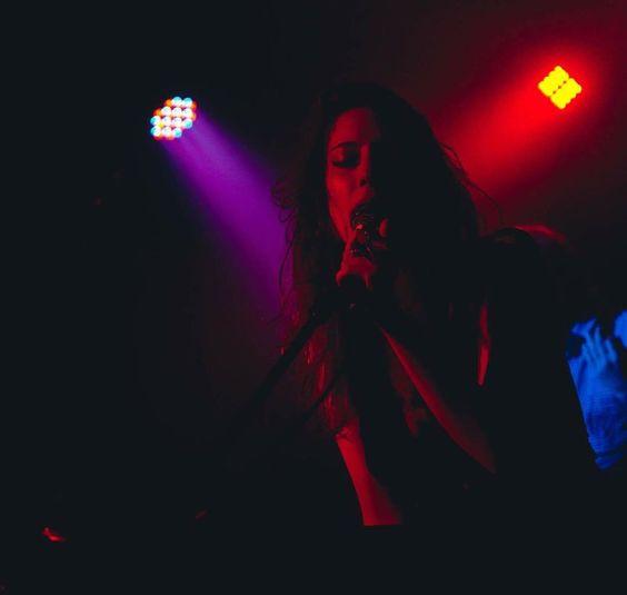 Hoje tem show no Teatro Mars com @bandascalene e mais uma galera foda. See ya!  (foto: @fabricioviannamusicphoto) by luizampereira