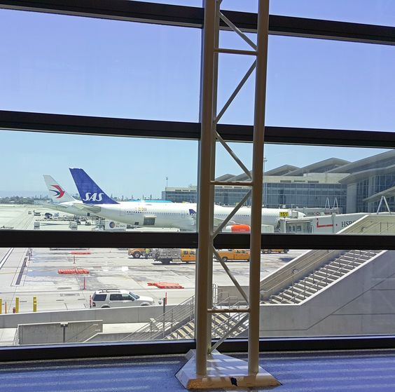 Using Frequent Flyer Miles to Book Stopover Flights