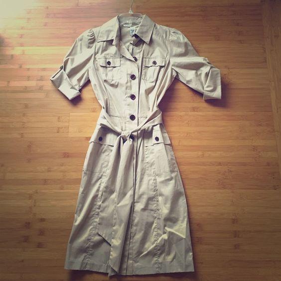 Diane vonFurstenberg Khaki Dress NWT button-up short sleeve khaki dress. Diane von Furstenberg Dresses