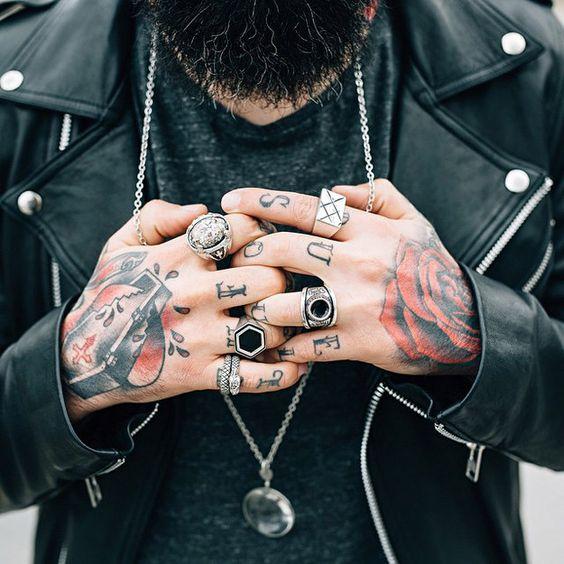 Sólo son sugerencias. | 31 Pruebas de que los tatuajes en las manos son elegantes