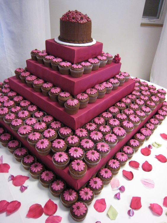 Square wrapped boxes used as stand ...: Wedding Idea, Cakes Cupcake, Cup Cake, Wedding Cake, Cupcake Idea, Weddingcake
