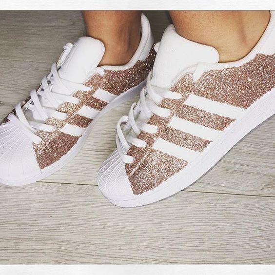 Nike Schuhe Damen Gold Glitter