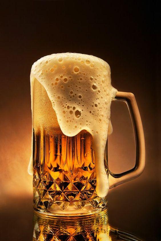 a pint of Carlsberg