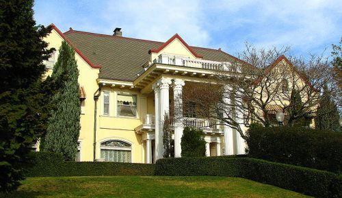 Frank C. Barnes residence