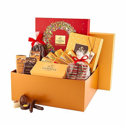 Godiva Christmas Gold Gift Box Chocolates At The Office Office Christmas Gifts Corporate Holiday Gifts Business Christmas Gifts