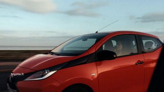 """L'ultimo spot Toyota, sulla base dello slogan """"Conta su di me"""" si appoggia sulla voce e le parole del rapper Frankie Hi Nrg Mc."""