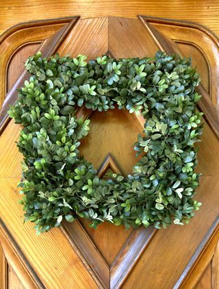 Join Balsam Hill's Mother's Day Giveaway! We're giving away a pair of $100 Etsy Gift Cards plus a pair of English Boxwood Wreaths! Simply answer the question: 'How do you and your loved ones celebrate Mother's Day?' Leave your name and email address in the comments section of the Balsam Hill blog.: