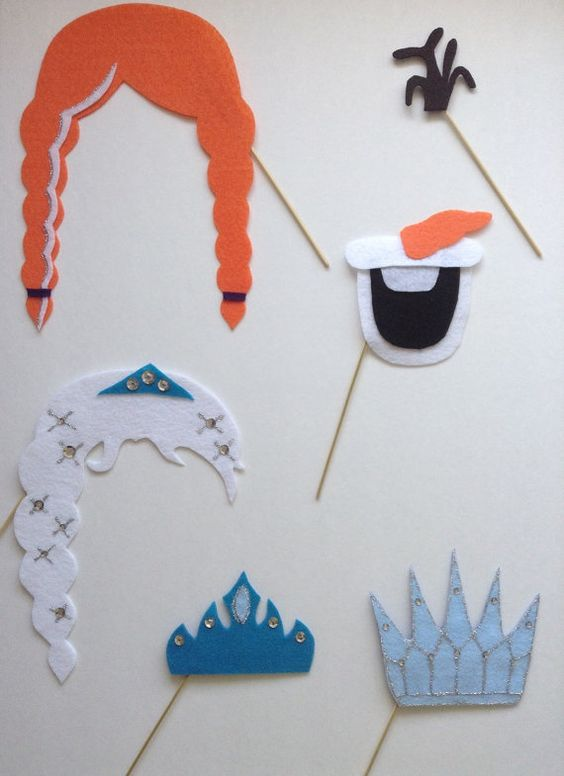 5 Piece Frozen Photo Booth Prop Set A by littlelivescount on Etsy