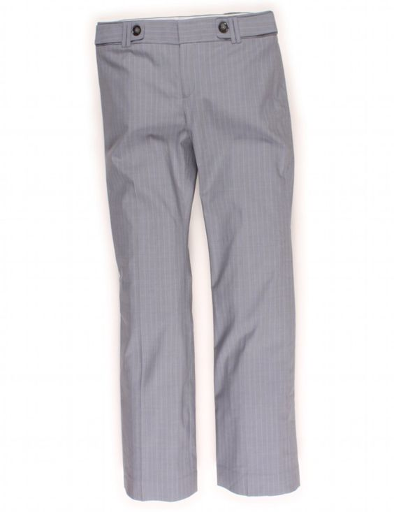 Check it out! Banana Republic, Size 6. Priced at $20.95.