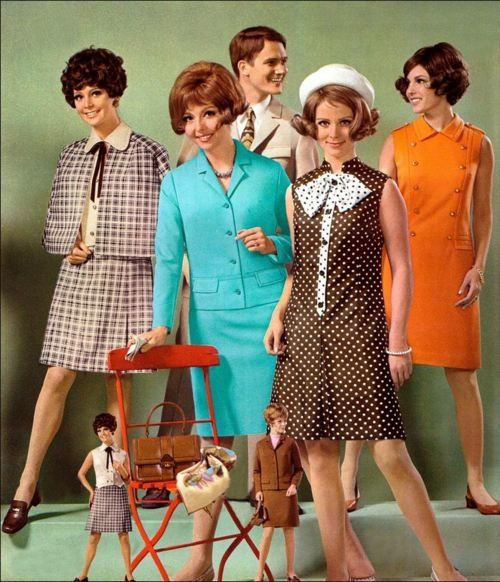 1968 Catalogue Fashions Vintage Style Late 60s Dress Color Photo Print Ad Models Magazine Suit