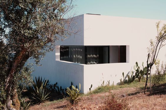Paradise search : Villa Extramuros, Portugal ,  #alentejo #architecture #boutiquehotel #cork #dp2q #hotels #marble #modernism #paradisesearch #pool #PORTUGAL #quattro #sigma #villaextramuiros