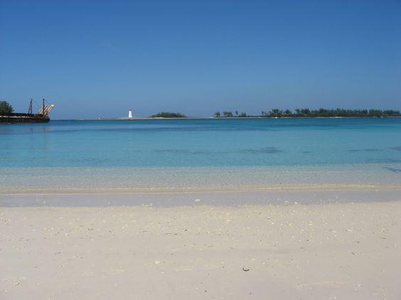 Arawak Cay, Nassau