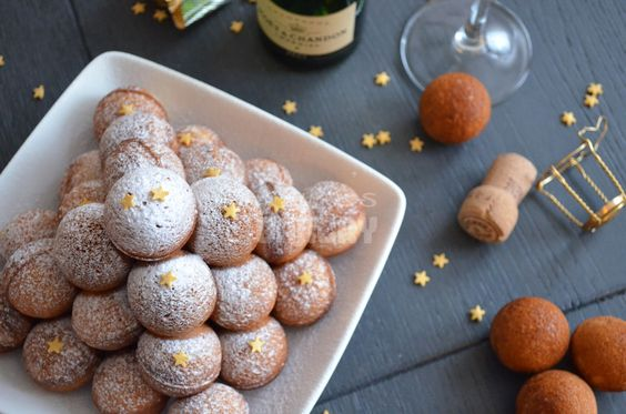 Laura's Bakery: Champagne cake pops