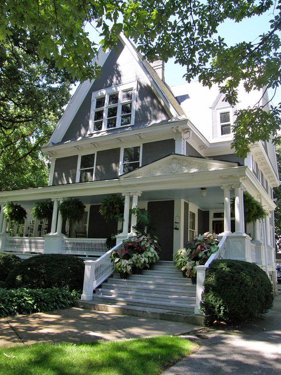 Illinois travel photos and porches on pinterest for Two story farmhouse oak park