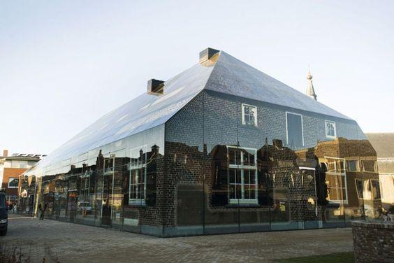 Maravilhas da arquitetura contemporanea..antigo e novo se complementam!Genial!