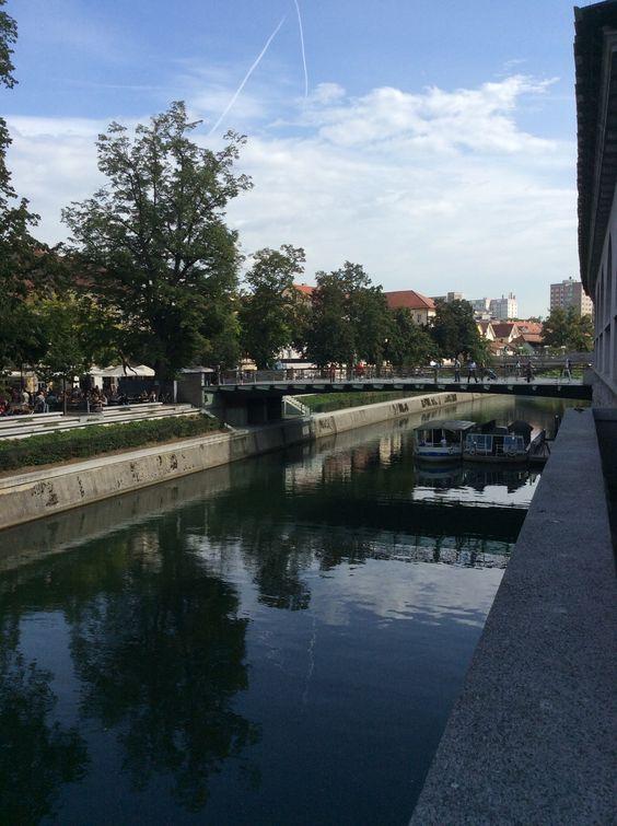 Les bords du fleuve Ljubljana