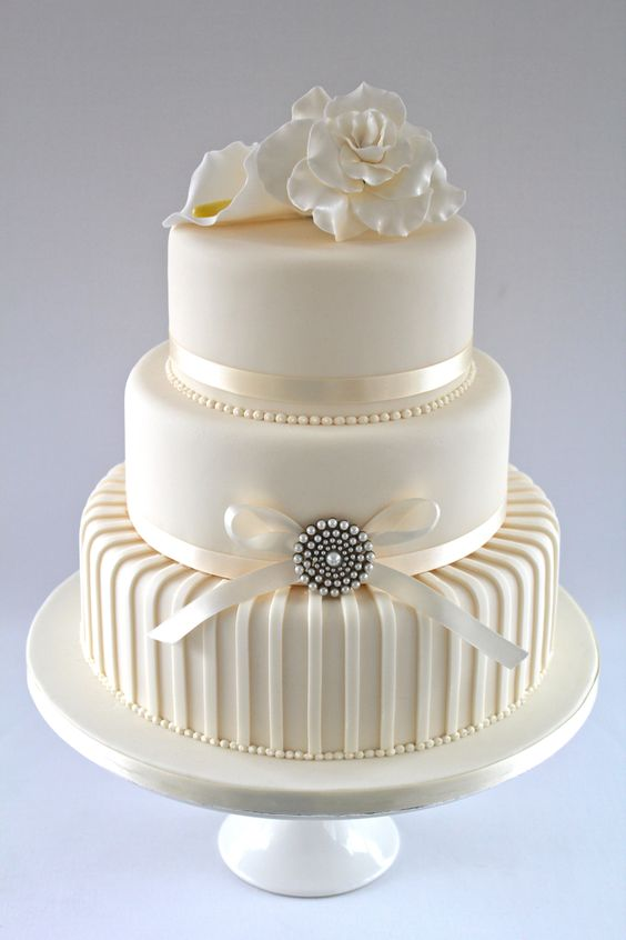 Contemporary wedding cake.  Very sophisticated.