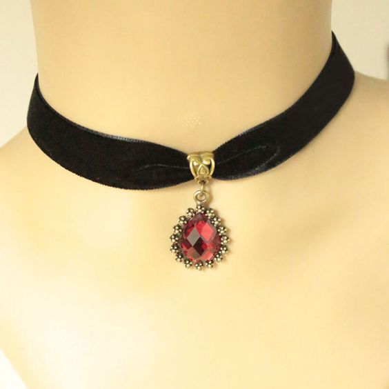 Vintage Crystal   Steam punk  Link Chain Choker Necklaces