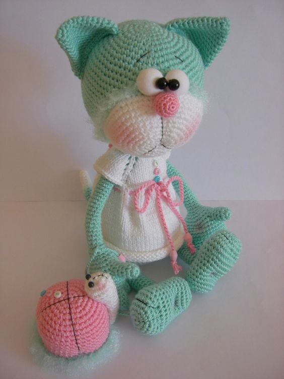 Crochet Doll Pattern Cute : DSCN0056.JPG 768 1,024 pixels Kitties Pinterest Too ...