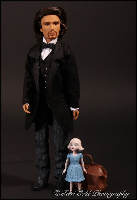 Collecting Fashion Dolls by Terri Gold: Oz Doll - meh