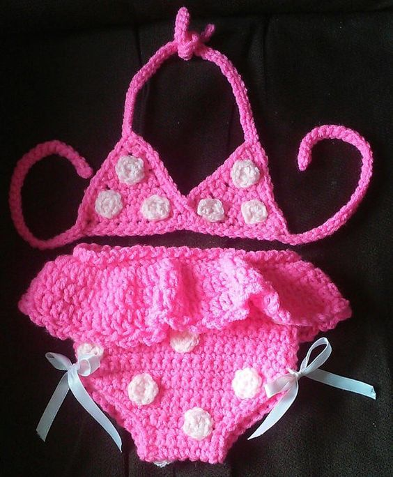 Check out this item in my Etsy shop https://www.etsy.com/listing/234385339/crochet-pink-with-white-poka-dots-baby