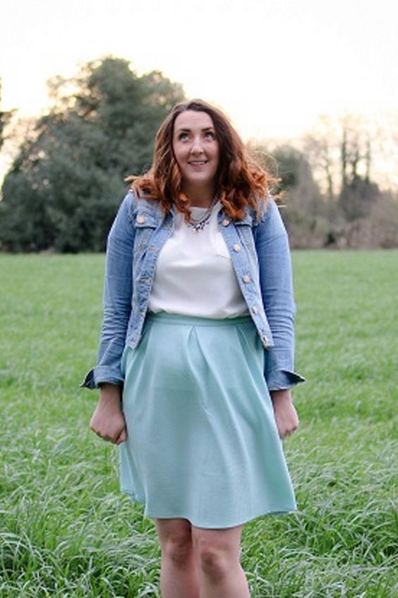 FIONA TEXTURED PONTE SKIRT As seen on // Steph of style blog Steph Dreams