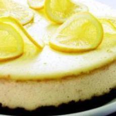 Brownie-Bottom Lemon Cheesecake