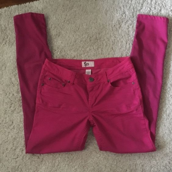 skinny pants  Worn but in great condition. No stains or rips. Making room in my closets. Smoke and pet free. SO Pants Skinny