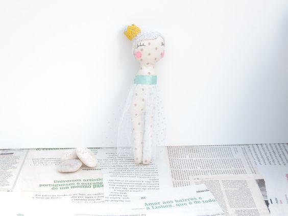 Cor do Céu - Colecção De que cor são as bonecas? by Senhorinha on Etsy
